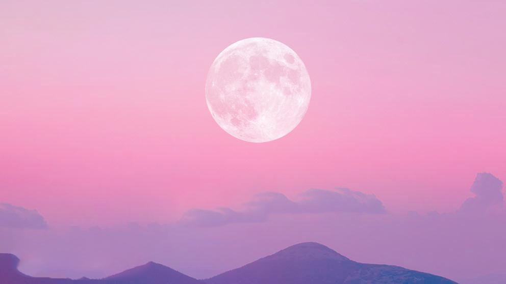 luna rosa de abril. superluna